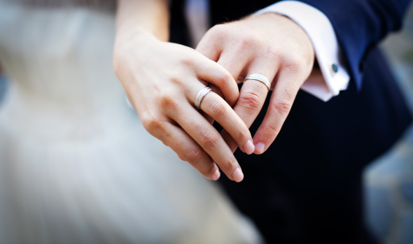 7 metode de gravare a verighetelor potrivite pentru iubirea voastră